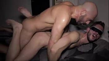UPORN sesso gay